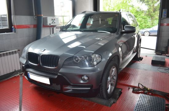BMW X5 E70 3.0D 235KM chip tuning