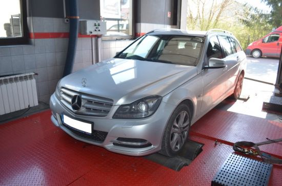 MERCEDES W204 C180 1.8T 156KM chip tuning